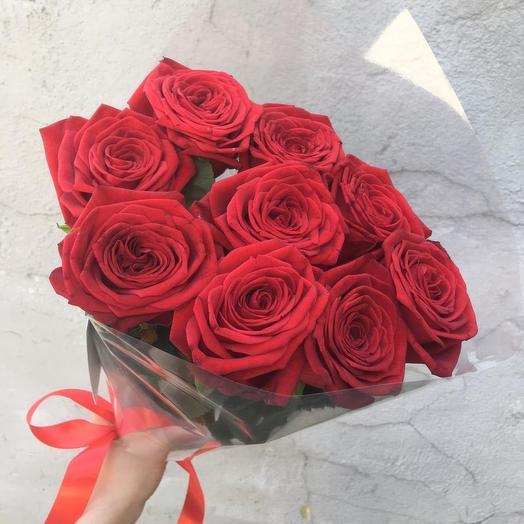 9 бархатных роз: букеты цветов на заказ Flowwow
