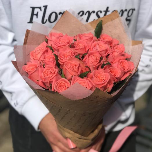 Розы. Букет из 19 роз. N508: букеты цветов на заказ Flowwow