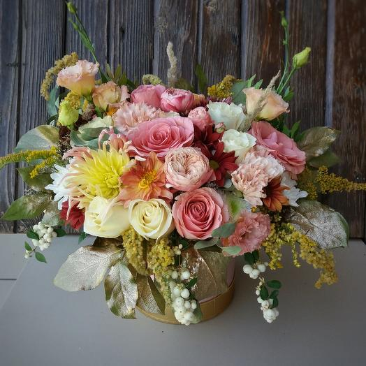"""Flowers in a box """"Autumn tenderness"""": flowers to order Flowwow"""