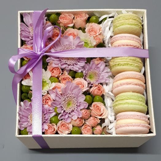 "Коробка ""НЕЖНОСТЬ"": букеты цветов на заказ Flowwow"
