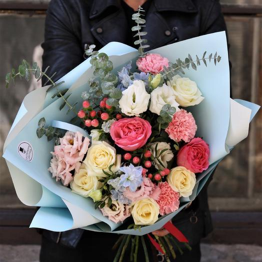 Безмятежный Алонсо: букеты цветов на заказ Flowwow