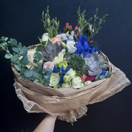 Манифико: букеты цветов на заказ Flowwow