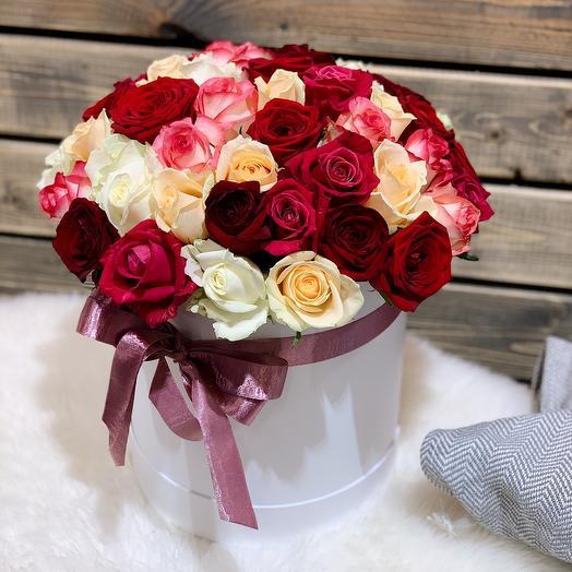 51 Роза микс в коробке