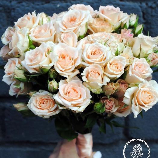 Персиковый букет невесты и бутоньерка
