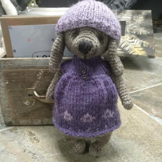 Игрушка ручной работы - Зайка в фиолетовом платье и шапочке