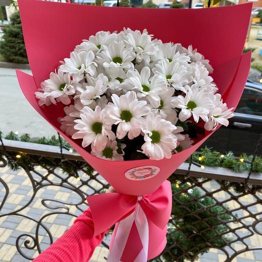 Милый букетик с хризантемой