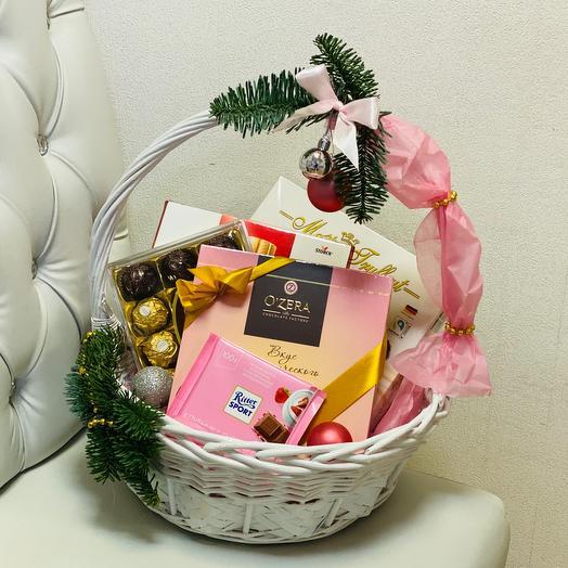 Gift basket 3