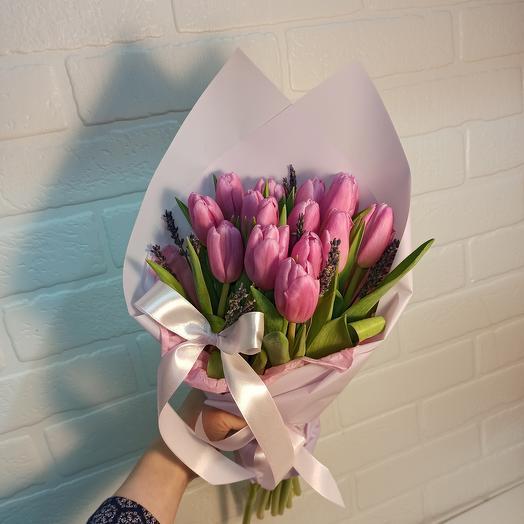 Ароматный с тюльпанами и лавандой