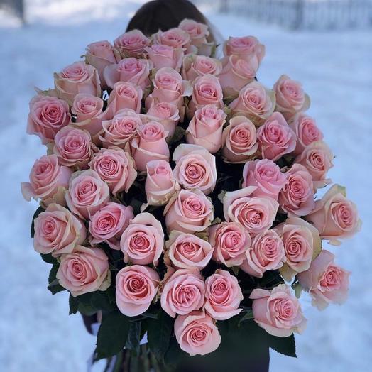 51 розовых роз