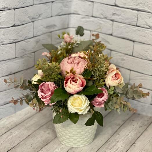 Композиция из искусственных цветов Весенний закат