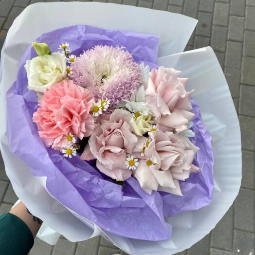 Букет Хризантем, Роз и Диантуса