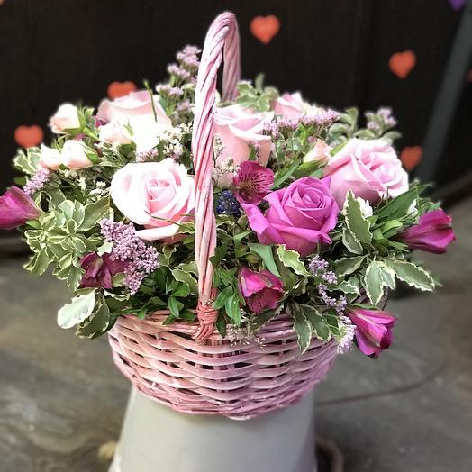 Корзина счастья: букеты цветов на заказ Flowwow