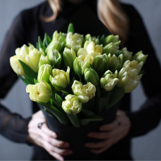 Пионовидные лимонные тюльпаны /21 шт в фирменном пакете La Tulipe: букеты цветов на заказ Flowwow