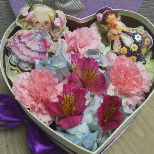 Девочки: букеты цветов на заказ Flowwow