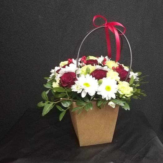 Коробка удачи: букеты цветов на заказ Flowwow