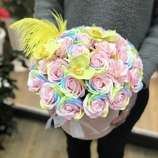 Радужная композиция: букеты цветов на заказ Flowwow