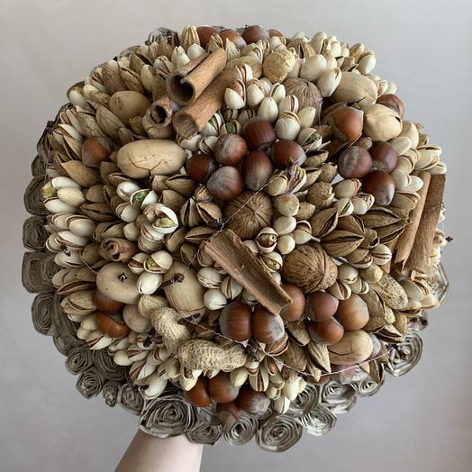 Ореховая радость: букеты цветов на заказ Flowwow