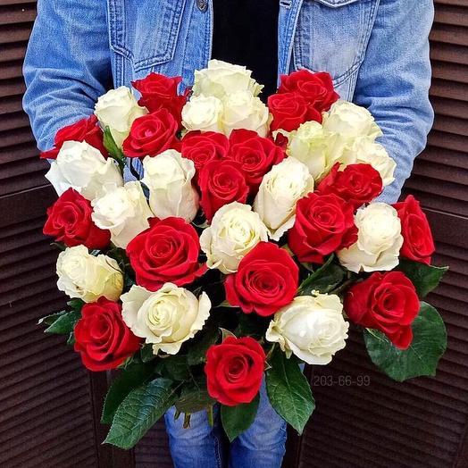 33 эквадорские розы 60 см
