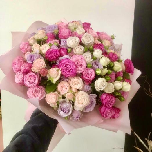 Букет Микс кустовых роз