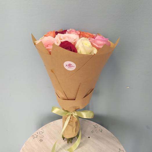 Микс из 19 роз