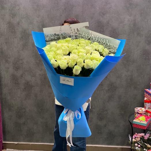 Букет гигант с белыми розами
