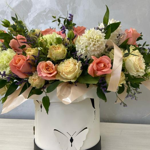 Цветы в коробке Бабочки Размер L