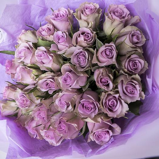 Букет из 31 фиолетовой розы