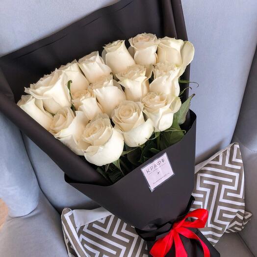 15 роз black