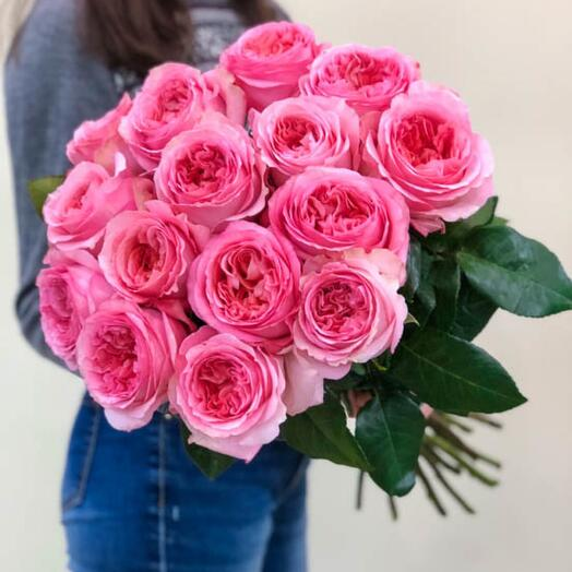 Пионовидные королевские Розы