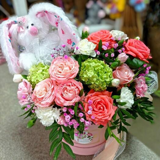 Цветы в коробке+зайка