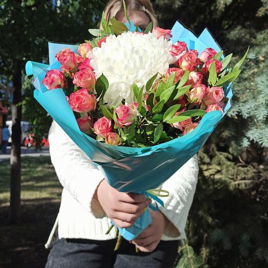 Хризантемы в розах🌺