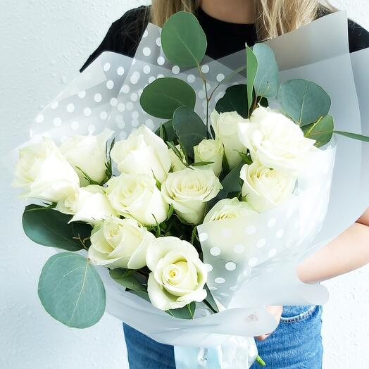Моно из белых роз