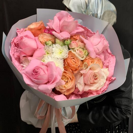 Авторская композиция с сортовыми розами