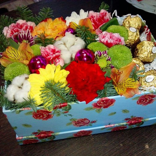 Новогодний сюрприз: букеты цветов на заказ Flowwow