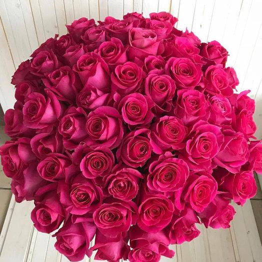 Розы розовые 60 см: букеты цветов на заказ Flowwow