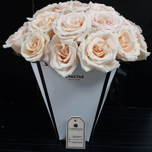Розы в плайм пакете: букеты цветов на заказ Flowwow