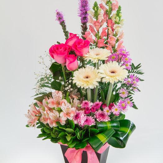 Carnaby Street: flowers to order Flowwow