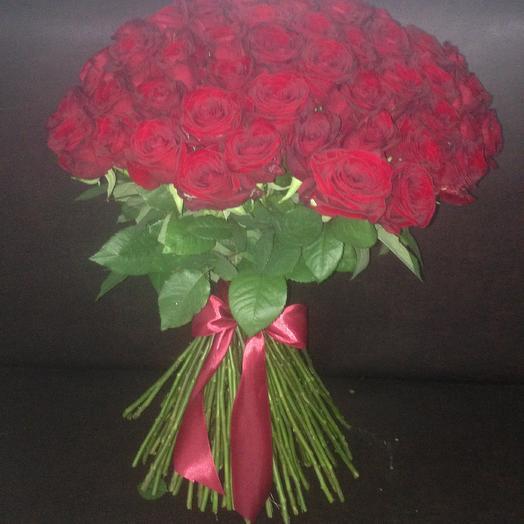 101 роза Ред Наоми 70 см: букеты цветов на заказ Flowwow
