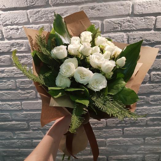 Белая классика: букеты цветов на заказ Flowwow