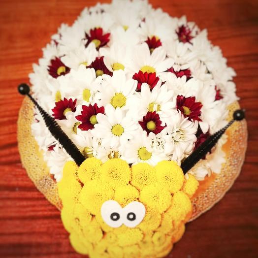 """Композиция """"Добрый жук"""": букеты цветов на заказ Flowwow"""