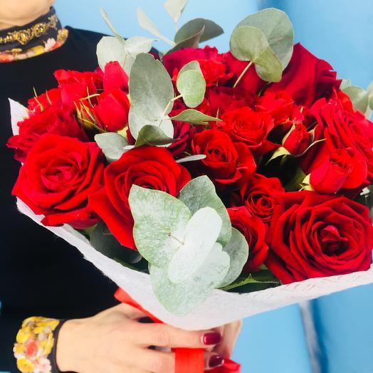 Алый поцелуй: букеты цветов на заказ Flowwow