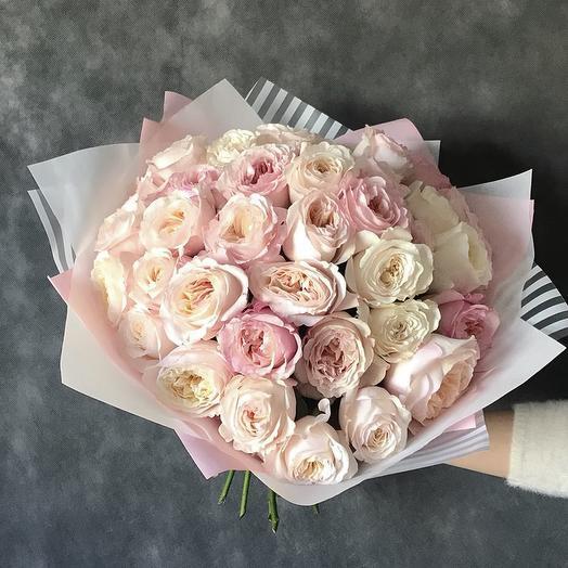 Букет из роз Кейра: букеты цветов на заказ Flowwow