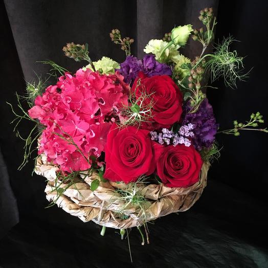 Необычный букет: букеты цветов на заказ Flowwow