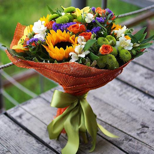Школьный букет 1: букеты цветов на заказ Flowwow
