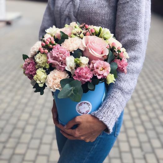 Цилиндр Влюбленность: букеты цветов на заказ Flowwow