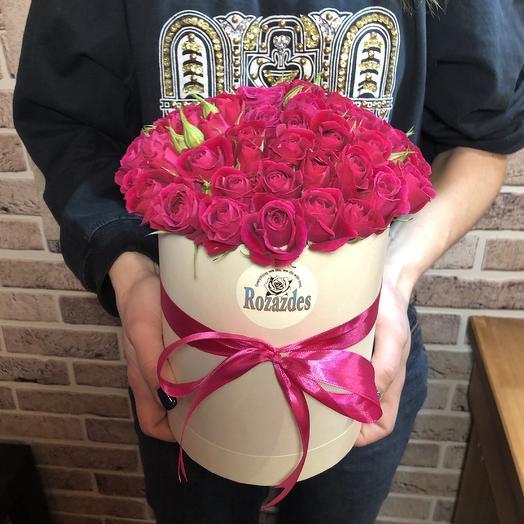 Коробка малиновая: букеты цветов на заказ Flowwow