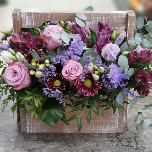 """Цветы в коробке """"Красивая история"""""""
