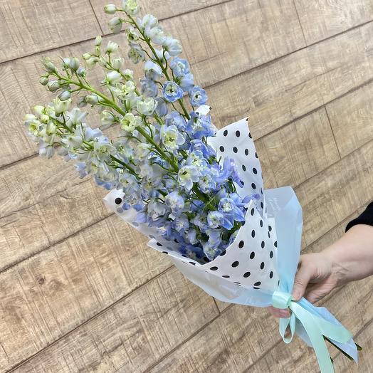 Нежнейший дельфиниум: букеты цветов на заказ Flowwow