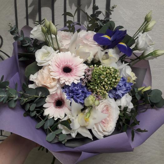 Букет с пионовидными розами и гиацинтами Восторг: букеты цветов на заказ Flowwow