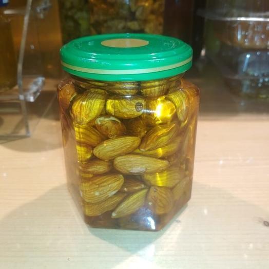 Медовая настройка с миндалем 300 гр